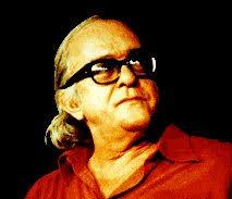 Poeta e compositor brasileiro, Marcus Vinicius de Melo Moraes (Gávea, Guanabara 19.10.1913 - Rio de Janeiro 9.7.1980) formou-se em Direito em 1933. - viniciusdemoraes
