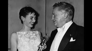 <b>Audrey Hepburn</b> Wins Best Actress: 1954 Oscars - YouTube