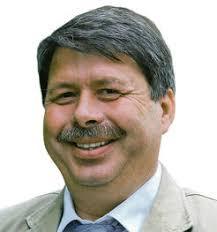 FDP wählte den parteilosen <b>Michael Theis</b> einstimmig zum Kandidaten für den <b>...</b> - Theis-will-Wahl-spannender-machen_ArtikelHoch