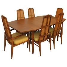 olsen frem rojle extending dining table
