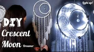 DIY Crescent <b>Moon</b> Dreamcatcher with <b>Fairy</b> Lights Tutorial - YouTube