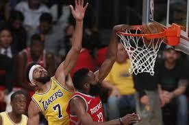 James Harden hits 3 in LeBron James