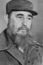 Busto retocado con punzonazos (Fidel Castro). - Fidel-Castro-1