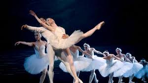 <b>Swan</b> Lake: Everything you need to know about <b>Tchaikovsky's</b> ...