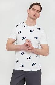 Купить мужские <b>футболки</b> в интернет-магазине FiNN FLARE ...