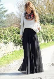 40 Stylish Fall <b>Outfits</b> to Build Around a Black Skirt | <b>Maxi</b> skirt <b>outfits</b> ...