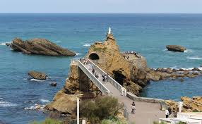 bordeaux and biarritz kids family vacation biarritz virgin rock view