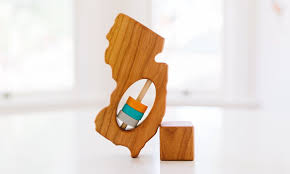 <b>New</b> Jersey State <b>Wooden Baby</b> Rattle™ — Bannor Toys