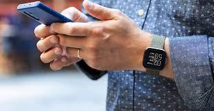 <b>Fitbit Versa</b> 2 review: smart fitness tracker, dumb <b>smartwatch</b> - The ...