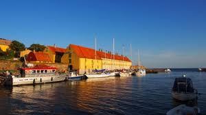 Dänemark Erbseninseln Naturhafen. Der historische Naturhafen zwischen den beiden bewohnten Erbseninseln hat 60 Liegeplätze.   © Helgard Below - erbseninseln-hafen-540x304