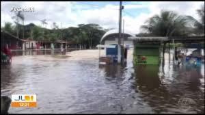 Rio Guamá sobe e invade parte da orla de Ourém, no Pará