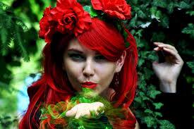 beautiful poison ivy makeup