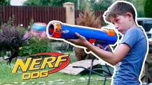 <b>Нёрф</b> Дог бластер который выстреливает <b>игрушки для собак</b> ...