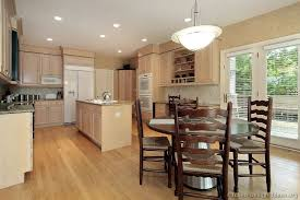 kitchen cabinets traditional light wood