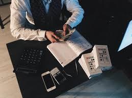 Czynny podatnik VAT - kiedy należy się zarejestrować? - Poradnik ...