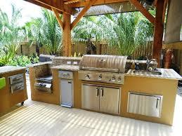 outdoor kitchen builders smiles
