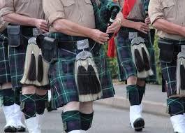 Risultati immagini per il kilt in scozia
