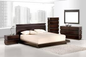 Bedroom Decor Wood Design Master Bedroom Furniture With Grey Wall - Standard master bedroom size