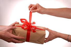 Image result for quà tặng