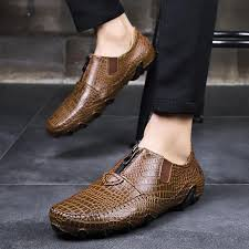 <b>Large Size</b> Crocodile Pattern Leather Shoes Casual <b>Business</b> ...