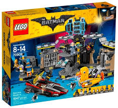 <b>Конструктор LEGO</b> The <b>Batman Movie</b> 70909 Взлом Бэтпещеры ...