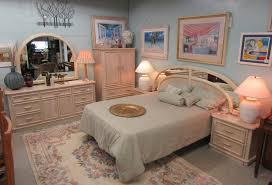 bedroom set furniture maple