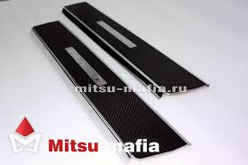 Карбоновые <b>накладки на пороги</b> Pajero 4 Паджеро 4 - Mitsu Mafia
