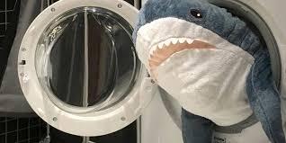 <b>ИКЕА</b> запустила Instagram-сериал с акулой Блохэй в главной роли