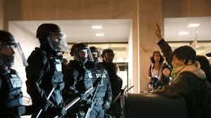 Report: Most of arrested Portland protesters didn't vote in Oregon ...