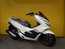 Honda <b>PCX125 motorcycles for</b> sale on Auto Trader Bikes