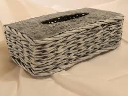 Výsledek obrázku pro pletení z papíru krabička na kapesníky