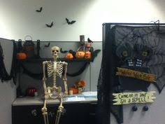 my halloween cubicle charming desk decorating ideas work halloween