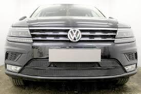 Защита <b>радиатора черная</b>, <b>верх</b>, Volkswagen Tiguan II 2016 ...