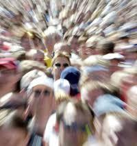 Bildresultat för osynlig i en folkmassa