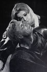 the shakespeare blog the shakespeare blog in shakespeare s vivien leigh as lavinia laurence olivier as titus