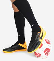<b>Бутсы</b> мужские <b>Nike Legend 8</b> Club Ic черный/оранжевый цвет ...