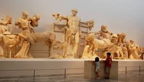 Resultado de imagen de mUSEO ACRÓPOLIS DE ATENAS