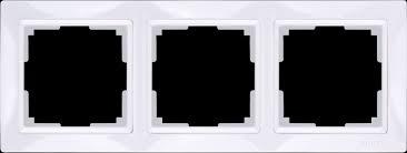 <b>Рамка</b> на 3 поста (белый, basic)