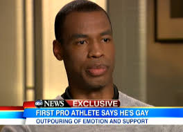 Jason Collins sat down for his first interview since revealing yesterday in Sports Illustrated that he's gay, and he talked with George Stephanopoulos about ... - JasonCollinsGMA