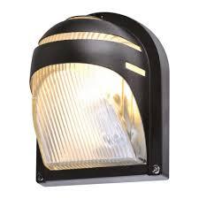 <b>Уличные настенные светильники</b>: влагозащищенные и ...