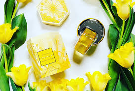 <b>bvlgari's Omnia golden citrine</b> shimmers • Dave Lackie