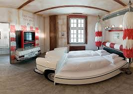 vintage decor clic:  cool car beds for a stylish kids room shelterness