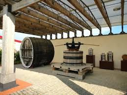 Картинки по запросу фото центр культуры вина шабо