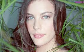 Liv Tyler Green Eyes Young. Is this Liv Tyler the Actor? Share your thoughts on this image? - 934_liv-tyler-green-eyes-young-1539278902