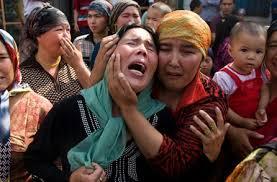 Gravissimi episodi di violenza della polizia contro gli Uiguri nel Turkestan Orientale