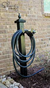 garden hose holder country rooster cock wall mounted cast iron metal hanger reels home courtyard yard villa gardening