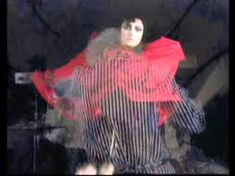<b>Siouxsie And The Banshees</b> Spellbound - YouTube