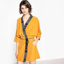 <b>Платье</b> с запахом <b>однотонное</b>, рукава кимоно желтый охровый ...