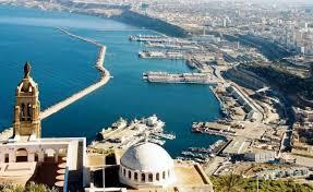 Oran: 12 projets d'investissement touristique en 2015