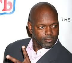 Football legend Emmitt Smith has scored — see what we did there? — a new gig on NBC's Guys with Kids. The Dancing with the Stars All-Star is set to play ... - EmmittSmith_620_110512